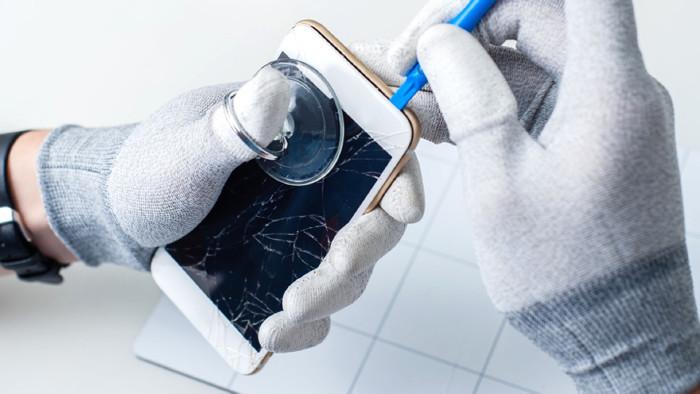 Smartphone wird repariert © vego.tech