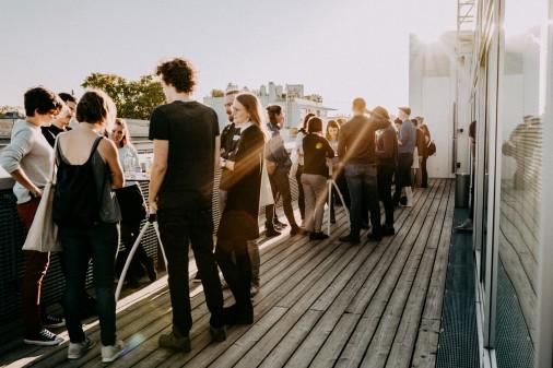Menschen bei der Diskussion © AK Wien