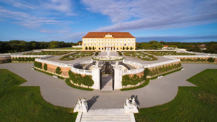 Schloss Hof Gartenansicht © Harald Boehm