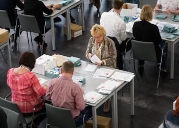 Auszählung der Wahlkarten © Thomas Lehmann, AK Wien