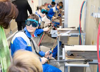 Zu Besuch in der ÖBB Lehrwerkstätte © Sebastian Philipp
